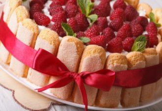 Торт из пеечнья савоярди без выпечки