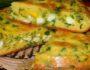 Заливной пирог на кефире с молодой капустой